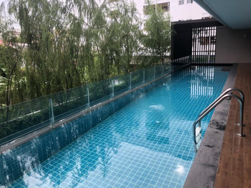 アット マインド プレミア スイーツ ホテル (At Mind Premier Suites Hotel)の朝食とプールとWi-Fi速度