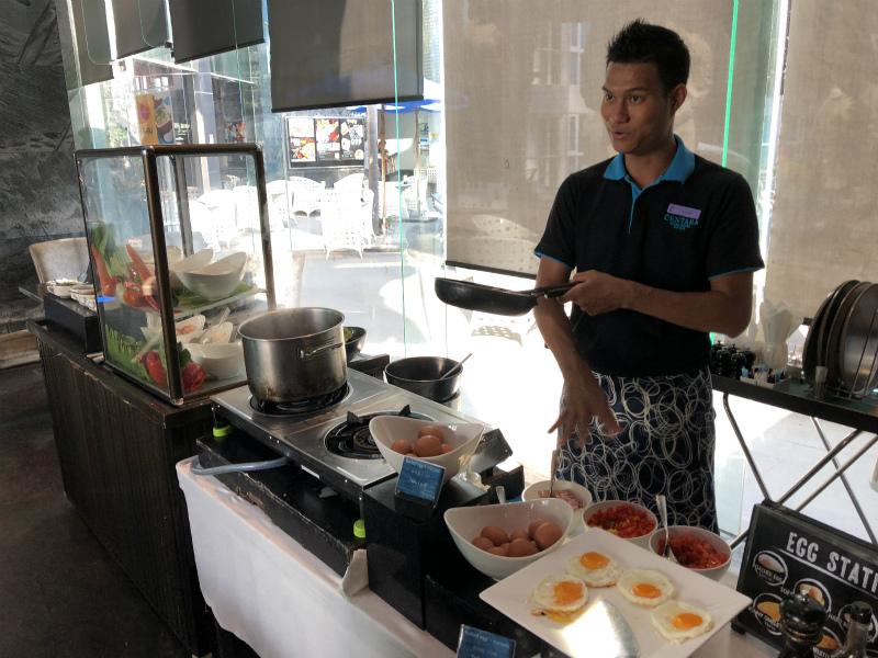 センタラ アズール ホテル パタヤ (Centara Azure Hotel Pattaya)の朝食