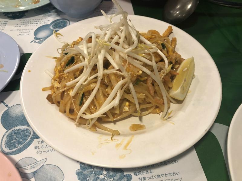 名古屋市東区にある「東桜パクチー」に行って、タイ料理を食べてきた パッタイ
