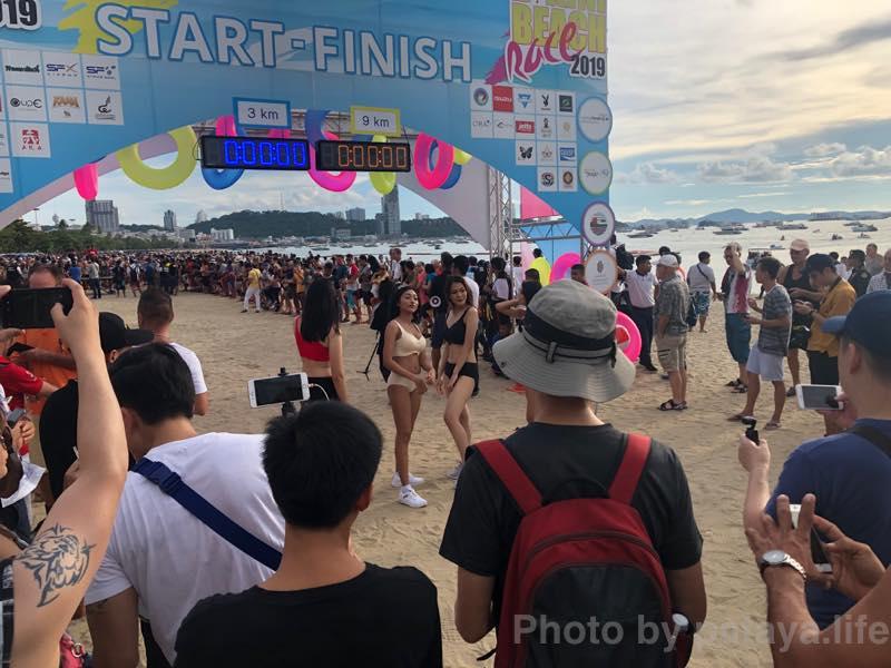 ビキニマラソン CentralFestival Bikini Beach Race 2019の見学をしてきた。