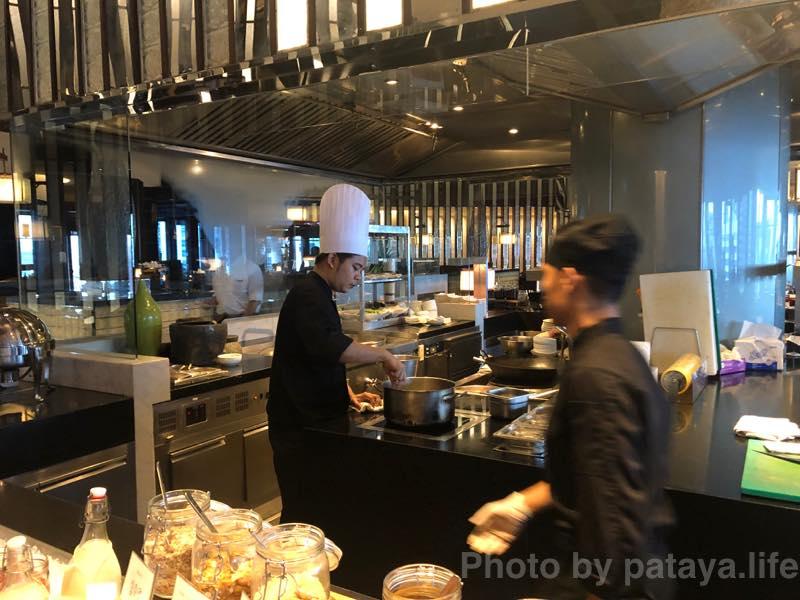 クラウンプラザ バンコク ルンピニ パーク (Crowne Plaza Bangkok Lumpini Park)の朝食